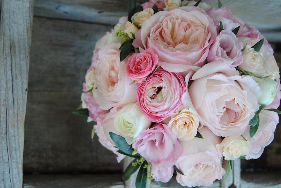bouquet novia de rosas
