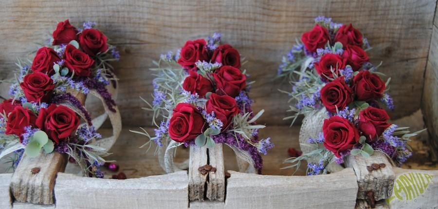 Corsages o pulseras florales