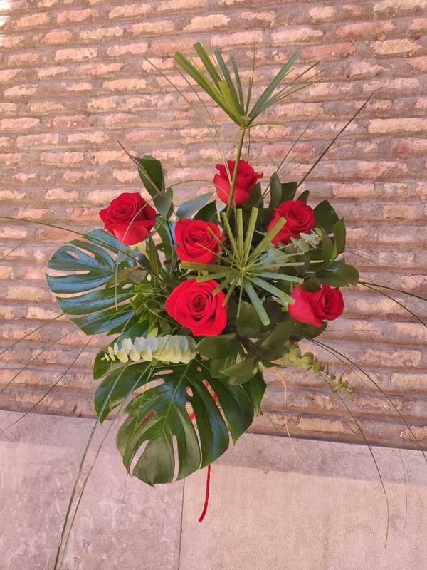 Ramo de 6 rosas especial